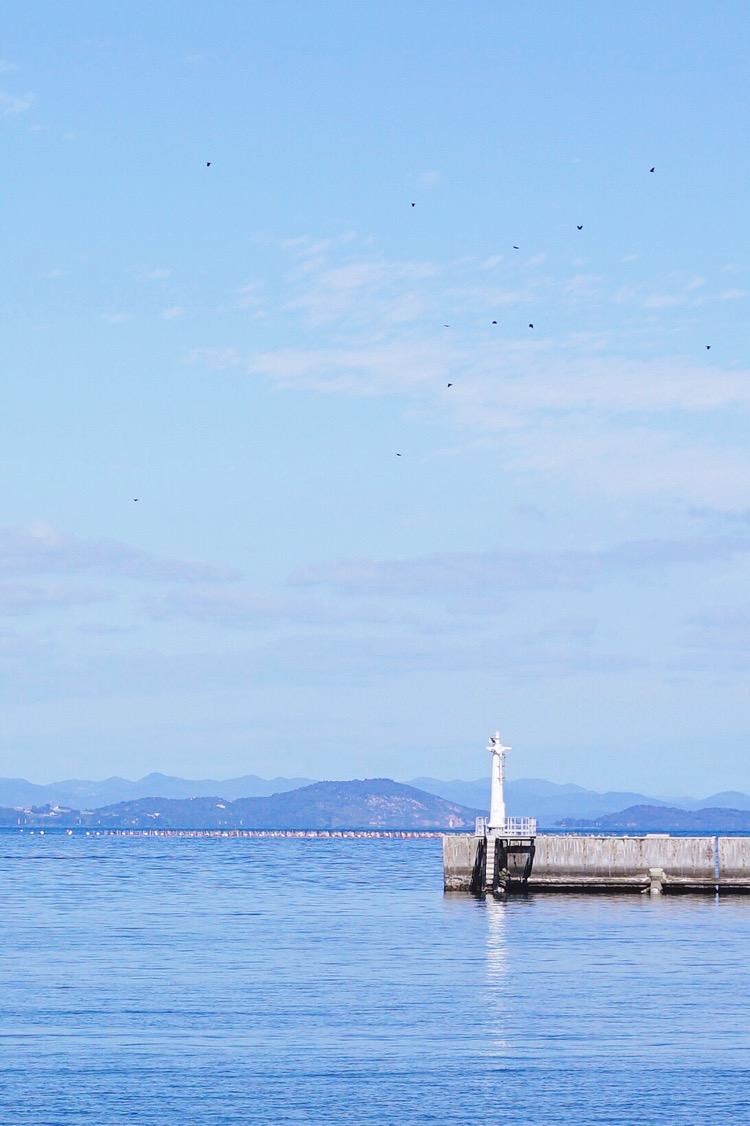 灯塔和濑户内海